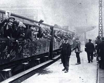 Francuscy ochotnicy w drodze na front
