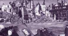 Ruiny Warszawy, 1945 r.