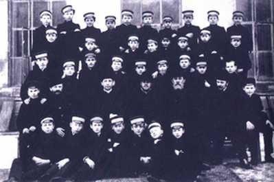 Strajkująca młodzież gimnazjalna – Warszawa