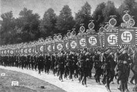 Defilada wojsk nazistowskich.